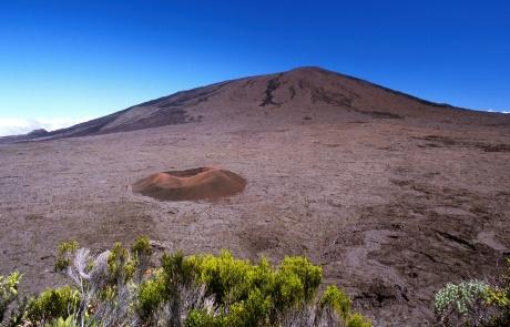 piton de la fournaise sur l'île de la Réunion